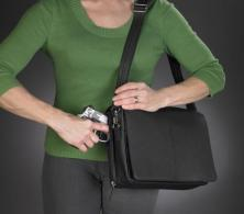 Gun Tote'n Mamas GTM-0026 Flap Over Messenger